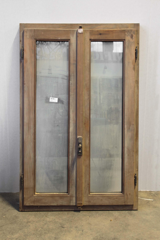 Finestra due antine vetri struttura legno doppio vetro - Costo finestre doppi vetri ...