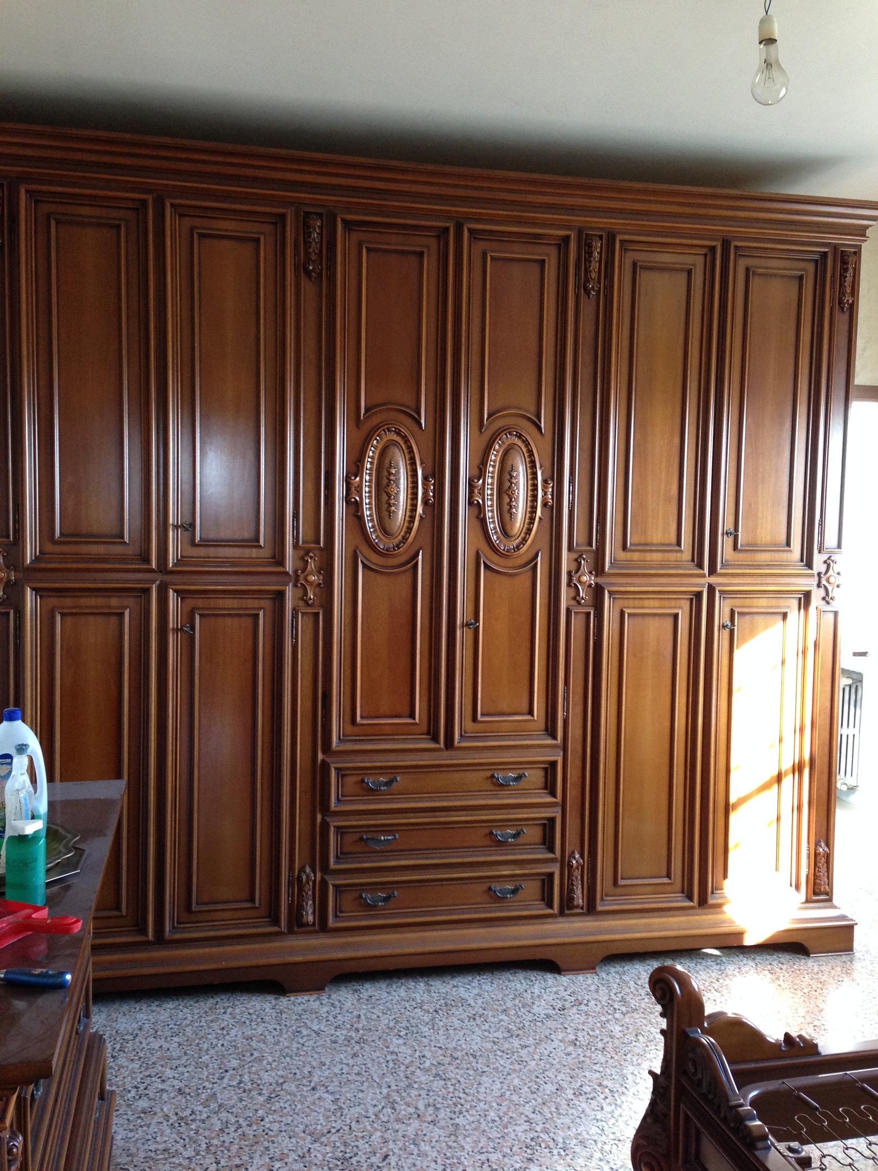 Camera letto completa legno armadio com comodini letto - Camera da letto antica ...