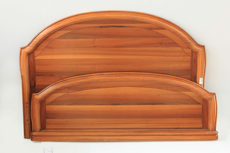 Struttura letto matrimoniale legno massello stile classico - Letto stile moderno ...