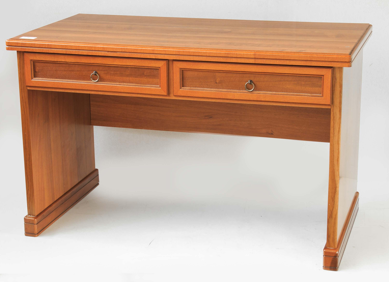Tavolo scrivania legno massello stile classico moderno for Costo scrivania