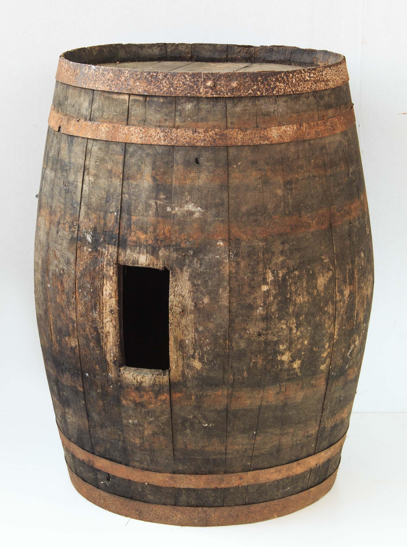 Vecchia botte legno grande arredamento bar ristoranti for Botte arredamento